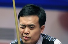 Marco Fu ignores cue crisis to level World Championship semi-final