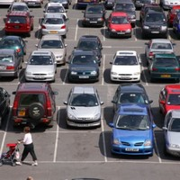 Decrease in new cars licensed last month