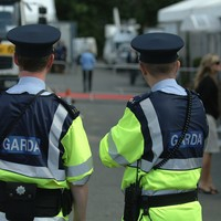 Gardaí hunt three suspects after bag of money stolen from man on street