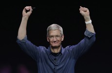 Apple is taking a $1 billion bet against Uber