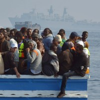 100 people feared dead after shipwreck off Libya