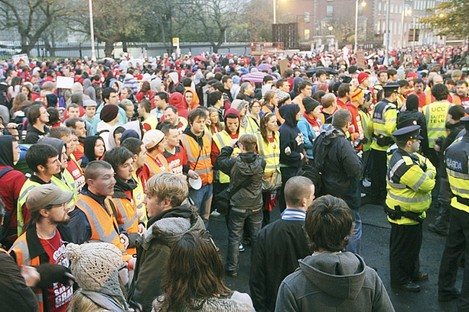 A 'human chain' of USI stewards and Gardaí stopped FEE and Occupy protesters from entering a demonstration yesterday. Protesters say the exclusion was deliberate; USI denies this.