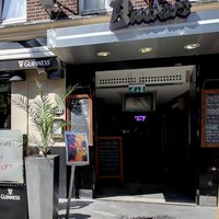 Buskers Bar in Temple Bar investigating after students refused entry told 'no blacks allowed'