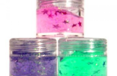 8 reasons Irish girls were obsessed with body glitter in the early noughties