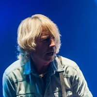 Status Quo's Rick Parfitt in hospital after suspected heart attack