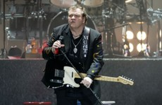 "Singer Meat Loaf ""recovering well"" after collapsing on stage"
