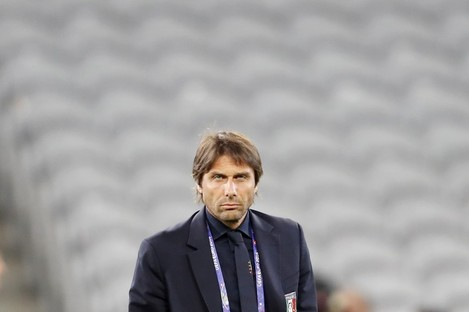 Italy coach Antonio Conte attends a walk around session at the Pierre Mauroy stadium.