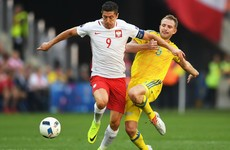Lewandowski's goal drought continues for a sixth game as Poland move into last 16