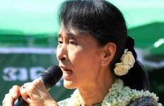 Aung San Suu Kyi to run in Burma elections
