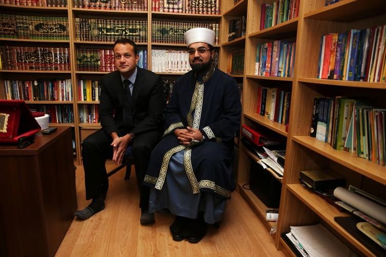 Shaykh Muhammad Umar Al-Qadri [left] and Minister for Social Protection Leo Varadkar pictured in Blanchardstown last year