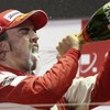 Hamilton under pressure as Alonso takes Singapore