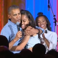 Watch Obama sing Happy Birthday to his daughter