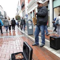 Buskers in Dublin have been banned from using backing tracks