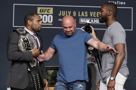 Just hours after they squared off at last night's UFC 200 press conference, Jon Jones (right) was pulled from Saturday night's bout against Daniel Cormier.
