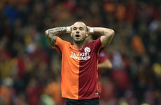 Row brewing as Galatasaray fine Wesley Sneijder €2.3 million for too many yellow cards