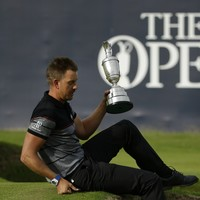 Open champ Stenson dedicates victory to friend who lost battle with cancer last week
