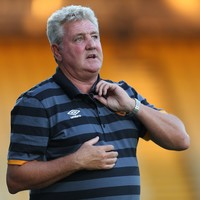 Steve Bruce resigns as Hull boss days after England snub - reports