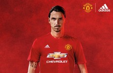 Man United unveil new two-tone home kit