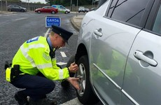 Gardaí stop to help driver with flat tyre ... end up impounding car