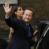 """Theresa May won't intervene after David Cameron recommends honours for """"old boys' network"""""""