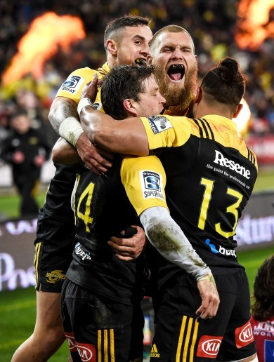 Super Barrett gives Hurricanes their maiden crown