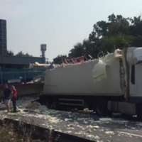 Man injured after footbridge collapse over UK motorway