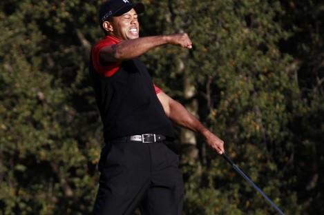 Tiger Woods celebrates winning the Chevron World Challenge at Sherwood Country Club.