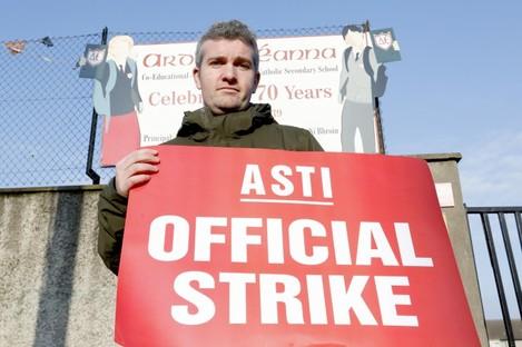 Teacher Ronan Hickey striking at Ardscoil Eanna in Crumlin last year.