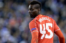 Mario Balotelli lashes out at 'bad player' Carragher