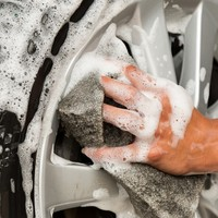 Car tip: How to get your tyres wheely, wheely clean!