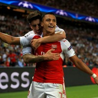 Sanchez leads Gunners to victory over 10-man Hull despite penalty miss