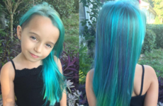 A mam is getting stick for dying her six-year-old daughter's hair blue