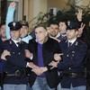 Police arrest Italian mob boss who hid in underground bunker