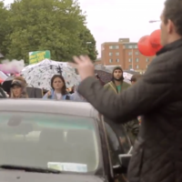 A heckler at the March for Choice was shut down by this singing pro-choicer