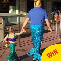People are loving this dad dressed as a mermaid with his daughter in Disneyland