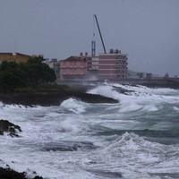 PICTURES: Thousands flee as Hurricane Matthew slams into Haiti