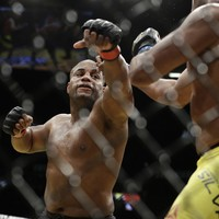Cormier will defend light heavyweight title with UFC 206 rematch against Johnson