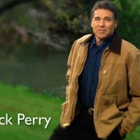 US presidential hopeful Perry's latest ad causes split in his own campaign