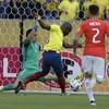 Video: Bizarre scenes as Everton striker Enner Valencia fakes injury to flee police