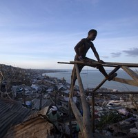 Scale of devastation begins to emerge as Haiti death toll passes 800