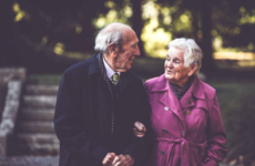 Know someone with dementia? Here are 5 ways to reach out to them