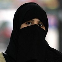 New Canadian citizens told to remove veils at swearing in ceremonies