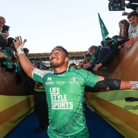 Bundee Aki set to sign new contract to stay with Connacht