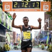 Ethiopia's Tulu takes Dublin Marathon glory with Namibia's Johannes claiming dramatic ladies race