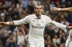 Gareth Bale signs new deal, keeping him at the Bernabéu until 2022