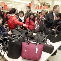 The 12 burning questions* of Xmas: Stephen's Day or New Year's sales?