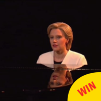 Kate McKinnon bowed out of her role as Hillary Clinton on SNL with a touching rendition of Hallelujah