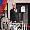 Prosecutors arrive in London to question Assange over rape allegations