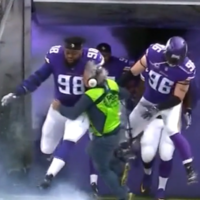Fox Sports sound man gets absolutely bulldozed by NFL star