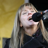 'Have they no conscience?' Frances Black lets rip at pubs selling pints for €1